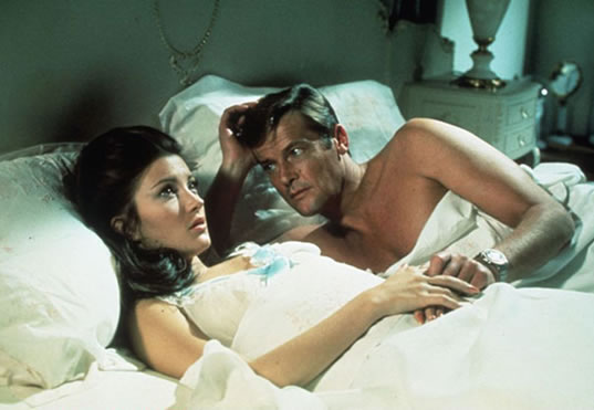 Jane Seymour as Solitaire with Roger Moore as Bond in Live and Let Die in 1973